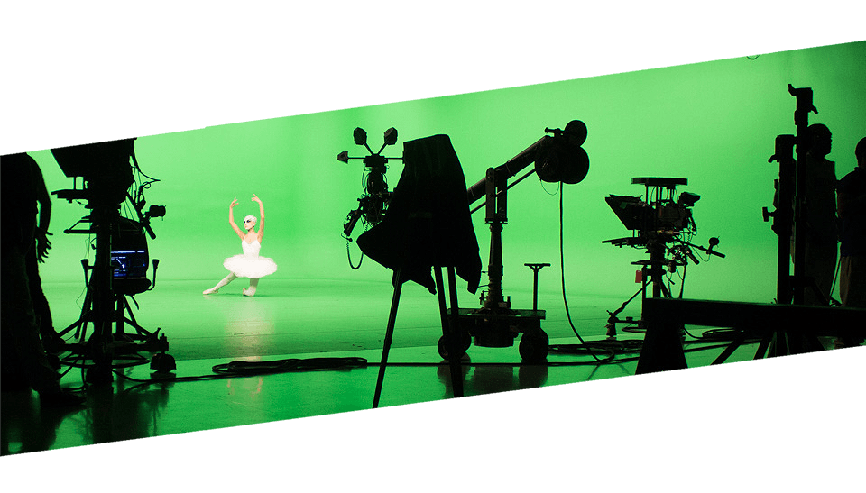 Chroma Key <strong>Compositing</strong> <br>(Green Key Production)